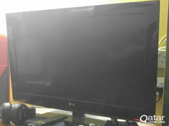 LG 32 inch LCD TV.