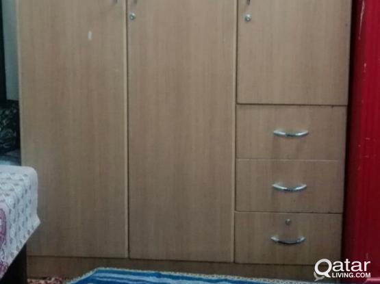 3 door wardrobe- very cheap