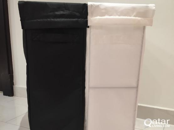 2 Laundry bags with stand