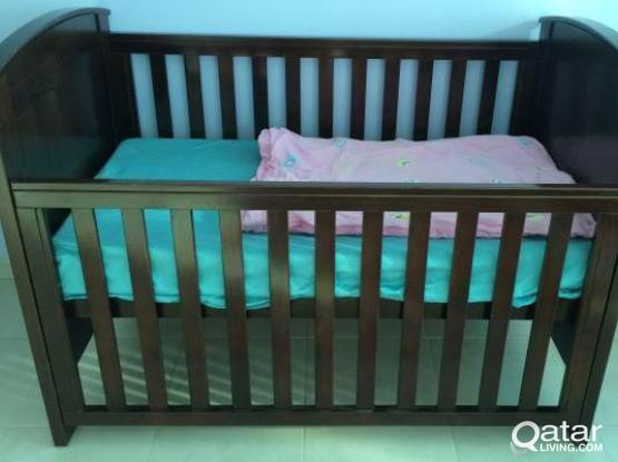 Cot/toddler-Baby bed