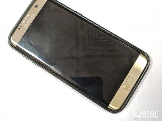 Samsung Galaxy S7 Edge 1200/- Qr Gold Color