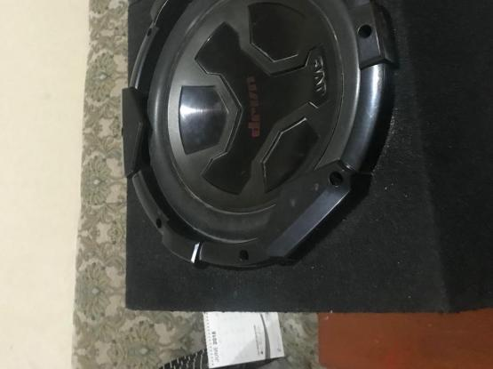 1200 w amp and 1000 w sub with full wiring kit