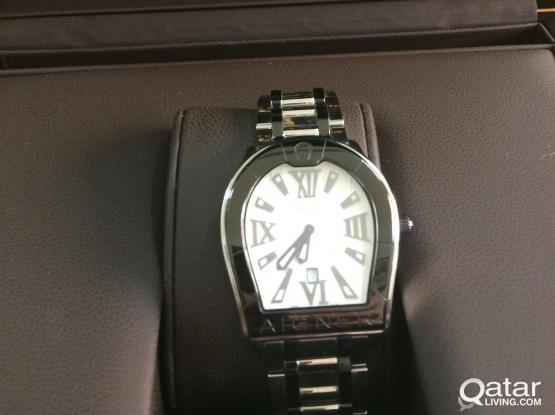 An Aigner original men watch bought from villagio mall