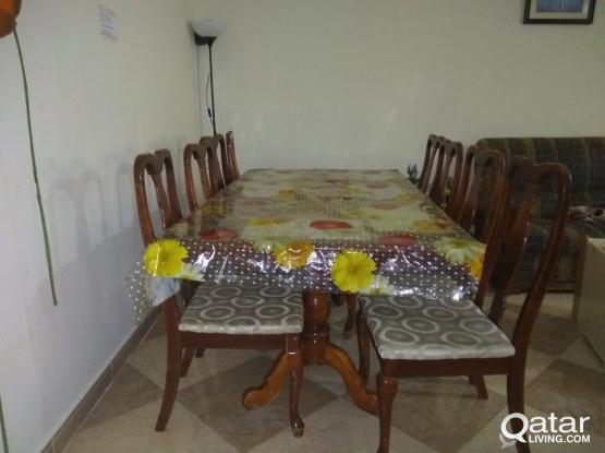 DINING TABLE WITH 8 CHAIRS FOR SALE
