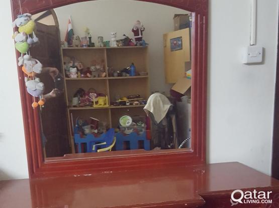 Big dressing table with Glass