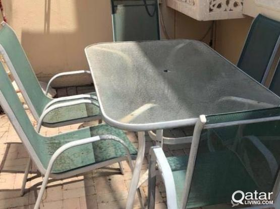 garden table + 6 chairs