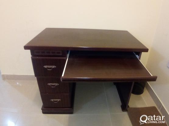 Bedroom Set Good Condition for 700QR
