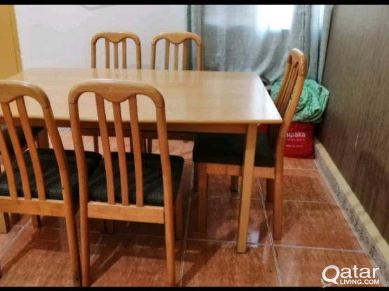 Dining table with chairs home delivery