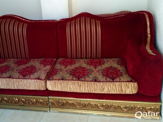Used sofas for sale 3+1 nos can sit