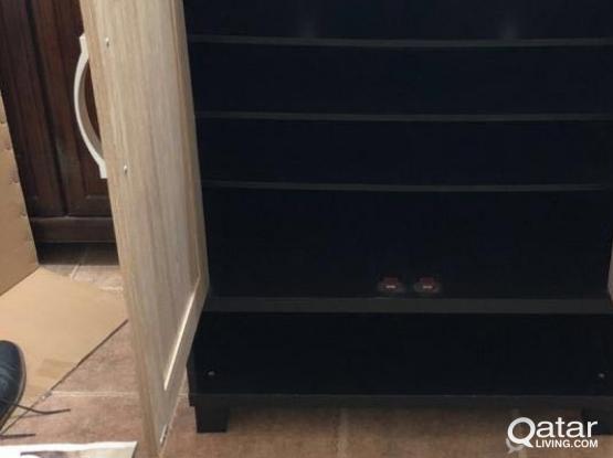 Shoe storage cabinet- خزانة احذية