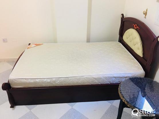 Single Bed with mattress- Excellent Condition