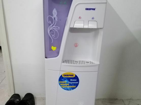 Water dispenser good condition