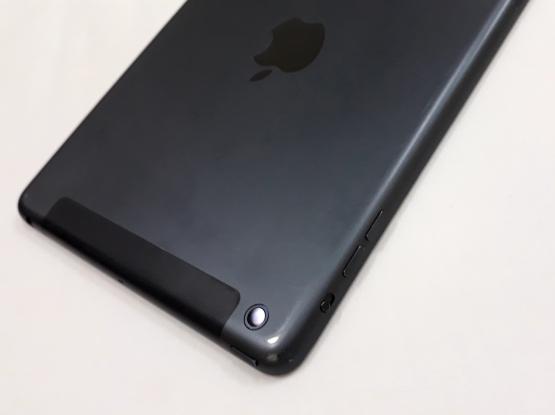 iPad mini SIM card version