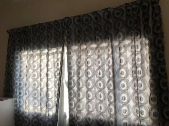 Curtains with pull string Rod