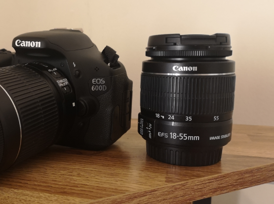 Canon 600D with extra lens