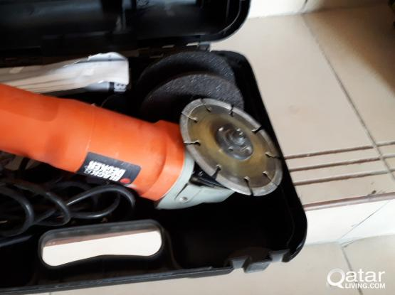 Black & Decker Angle Grinder (LIKE NEW)