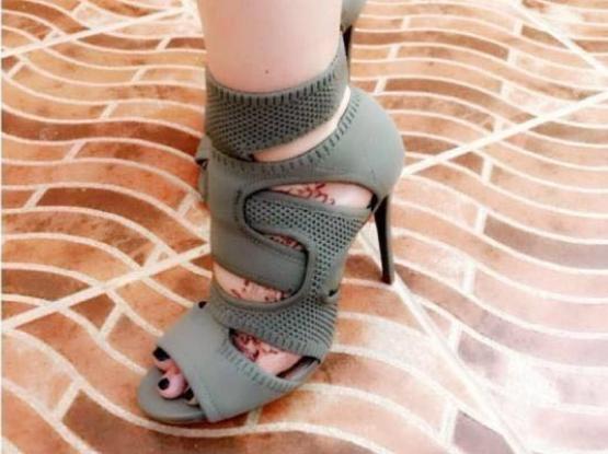 Olive Green New Heels- كعب زيتي جديد