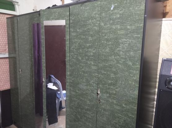 wardrobe for urgent sale
