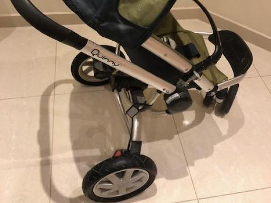 Quinny Stroller in Great Condition! Moving out!!