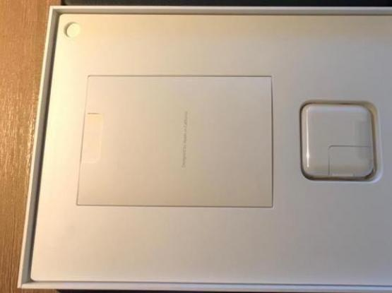 iPad Pro 9.7 (128GB). WIFI ONLY