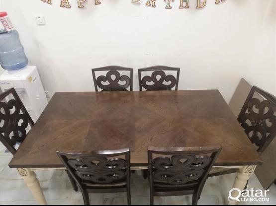 NICE DINNING TABLE 6 CHAIRS FOR SALE