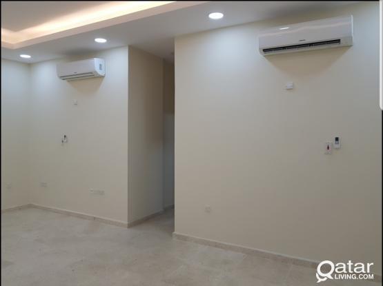 Apartment at alnasar 3bhk super lux new 6000 qr شقه بالنصر ٣ غرف وصاله ٣ حمام جديده