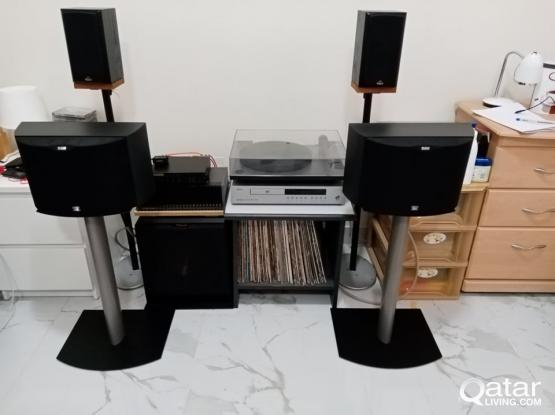 Bowers and Wilkins DS6 with bose speaker stand
