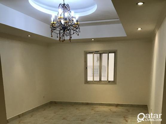 3BHK FOR FAMILY UNFURNISHED FLATS AVAILABLE IN MATARQADEEM (OLD AIRPORT, NEAR SHOPRITE)