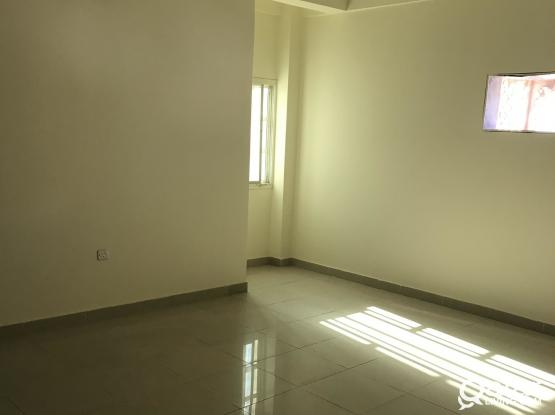 3BHK SPACIOUS UN FURNISHED FLATS AVAILABLE IN MANSOORA (BIN DIRHAM, BEHIND LULU EXPRESS), ONLY FOR FAMILY