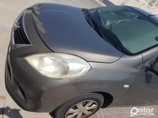 Nissan Sunny 2012