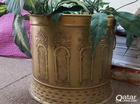 Copper pot and plant carriage from home centre