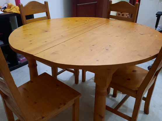 Dinning table wood 4 chairs