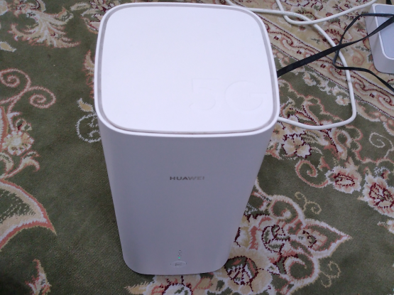 Huawei 5G router with sim