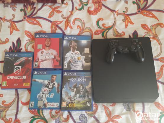 PS4 Slim With 5 Games