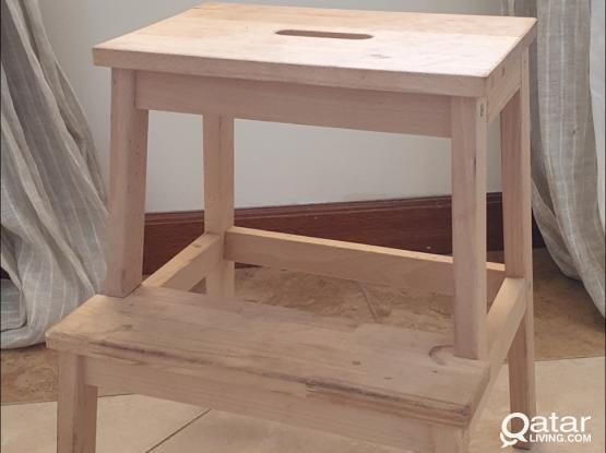 Wooden step-chair