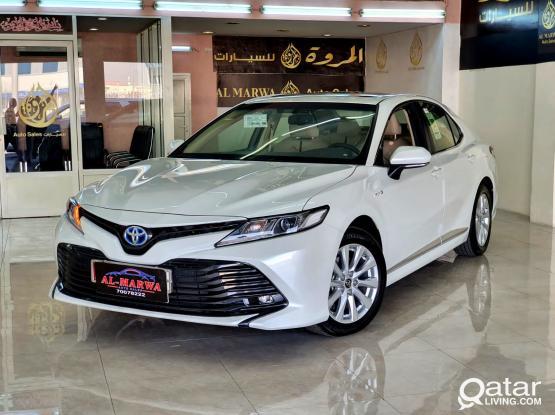 Toyota Camry GLE Hybrid 2020