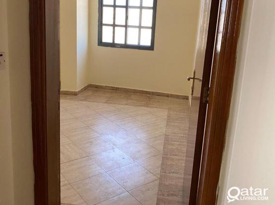 EXECUTIVE LADIES & COUPLES   ROOM  FOR RENT AVALABLE IN ALSADD