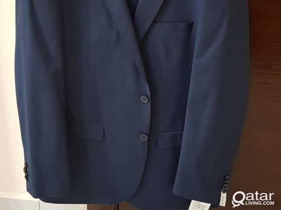 Brand new Men's Suit with Trousers