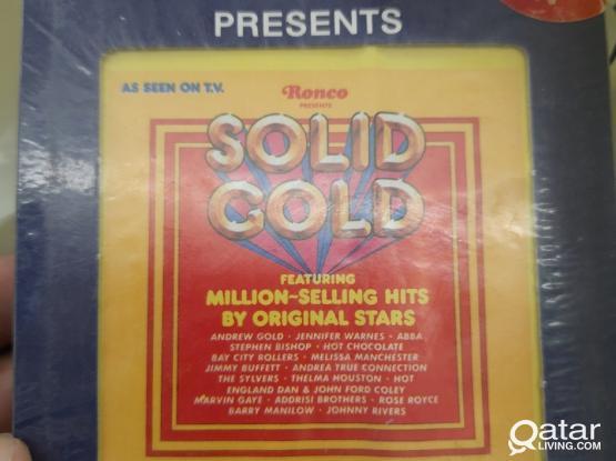 1977    8 track sterio cassette cartridge