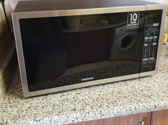 Samsung Microwave under warrenty