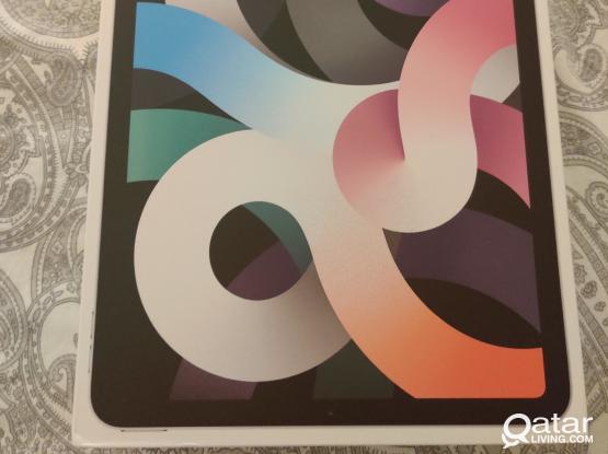 iPad Air 4th Gen (2020) 64GB silver