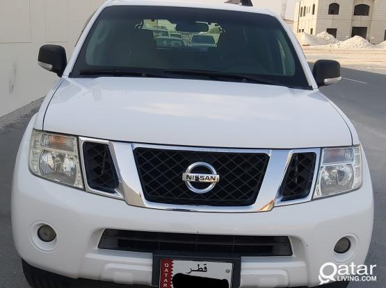 Nissan Pathfinder SE 2015