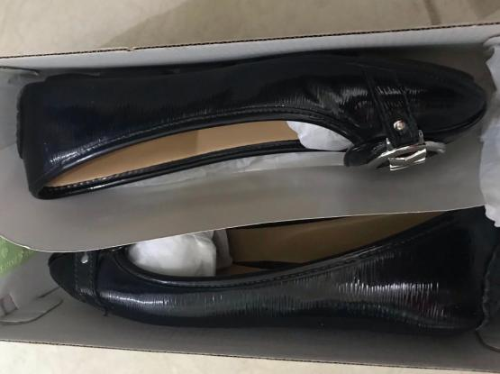 Authentic Mk Shoes Flat