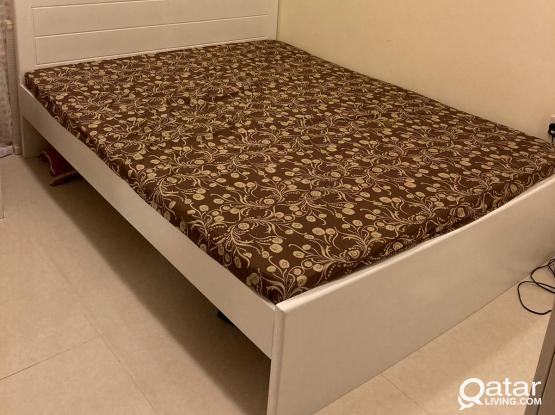 Bed and mattress (Queen size)