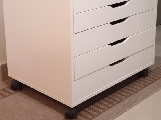 IKEA Drawer units with wheels