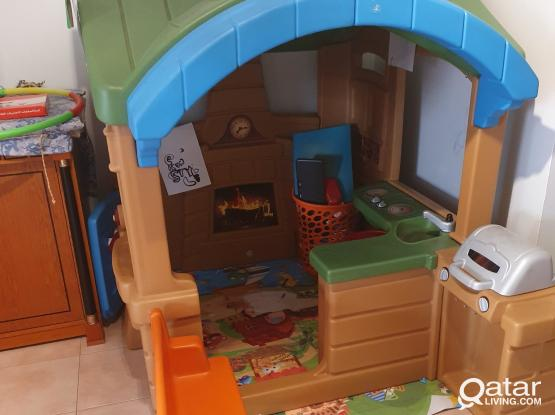 Children's play house for sale