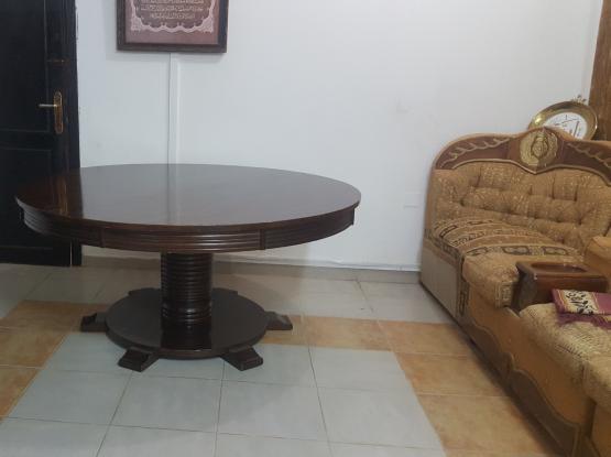 Large elegant table for sale