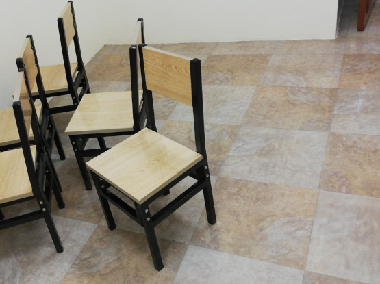 Dinning Table W 6 chairs