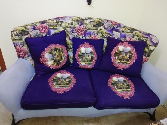 Big Sofa + Table