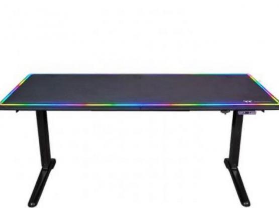 Thermaltake Gaming Desk